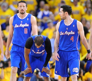 Hedo Turkoglu (left) scored three points in 13 minutes against the Warriors on Sunday.