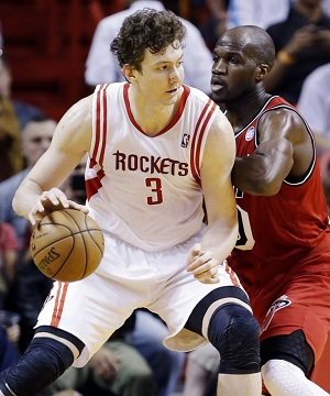 Asik averaged 5.8 points and 7.9 rebounds for the Rockets last season.