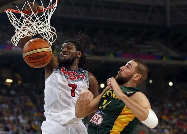 Kenneth Faried dunks the ball during Team USA's World Cup semifinal win over Lithuania.