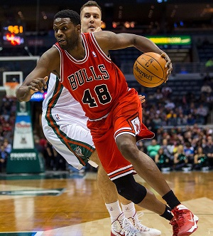 Bulls center Nazr Mohammed