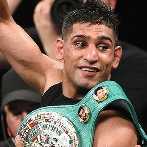 Amir Khan is 31-3 with 19 KOs as a pro.