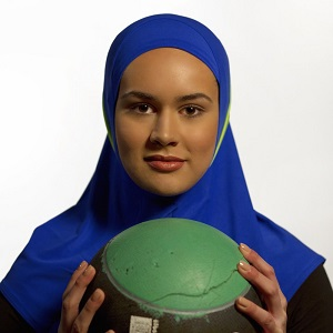 meeting-ruqsana-begum-britains-female-kickboxing-champion-whos-launching-a-sportswear-hijab-body-image-1459354099-size_1000